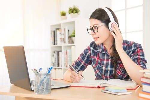 Cómo aprender inglés escuchando